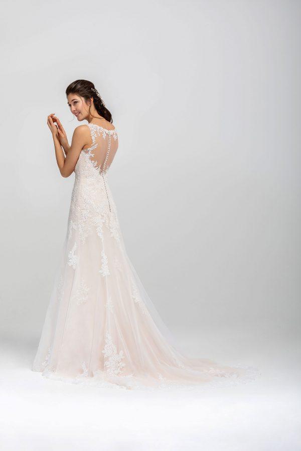 Brautmode In Berlin Eglantine 2020 Ivory Brautkleid EG C20 STAR 0440 Bei Avorio Vestito BrideStore And More Hochzeitsmode In Berlin Eiche