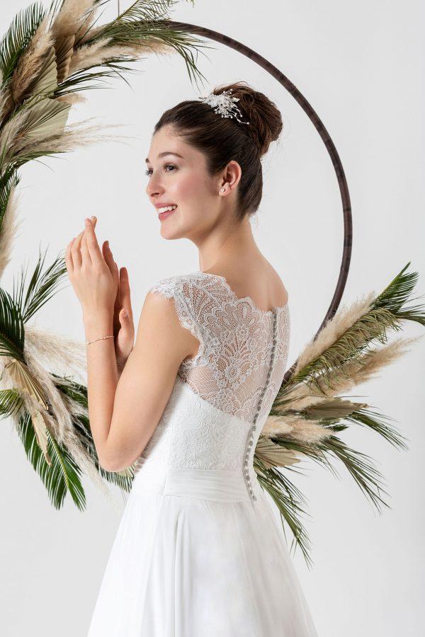 Brautmode In Berlin Eglantine 2020 Ivory Brautkleid EG C20 SUZANNE 1150 Bei Avorio Vestito BrideStore And More Hochzeitsmode In Berlin Eiche