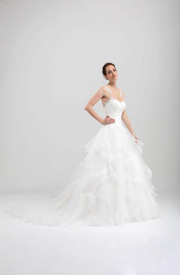 Brautmode In Berlin Eglantine 2020 Ivory Brautkleid EG C20 SYDNEY 7665 Bei Avorio Vestito BrideStore And More Hochzeitsmode In Berlin Eiche