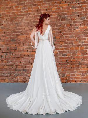 Hochzeitsmode In Berlin Fuchs 2020 Ivory Brautkleid D 03322 2 Bei Avorio Vestito BrideStore And More Hochzeitsmode In Berlin Eiche