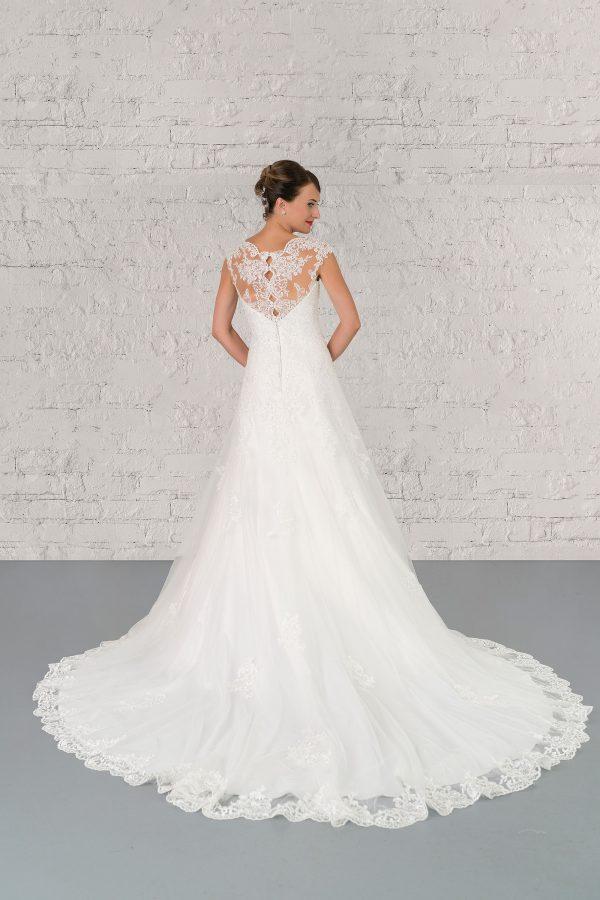 Hochzeitsmode In Berlin Fuchs 2020 Ivory Brautkleid D 03324 2 Bei Avorio Vestito BrideStore And More Hochzeitsmode In Berlin Eiche
