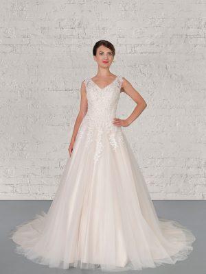 Hochzeitsmode In Berlin Fuchs 2020 Ivory Brautkleid D 03329 1 Bei Avorio Vestito BrideStore And More Hochzeitsmode In Berlin Eiche