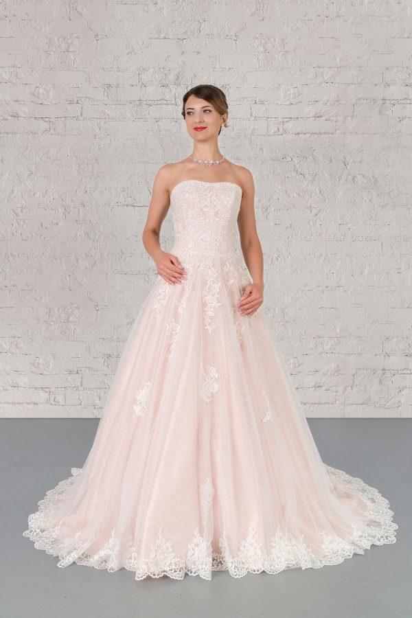 Hochzeitsmode In Berlin Fuchs 2020 Ivory Brautkleid D 03332 1 Bei Avorio Vestito BrideStore And More Hochzeitsmode In Berlin Eiche