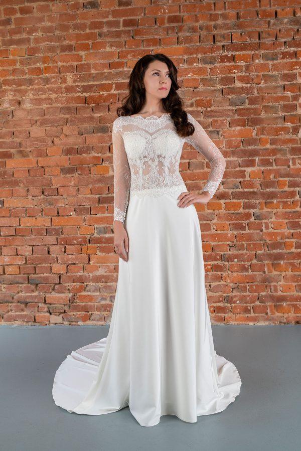 Hochzeitsmode in Berlin Fuchs 2020 ivory Brautkleid D 03339 1 bei Avorio Vestito BrideStore and more Hochzeitsmode in Berlin Eiche