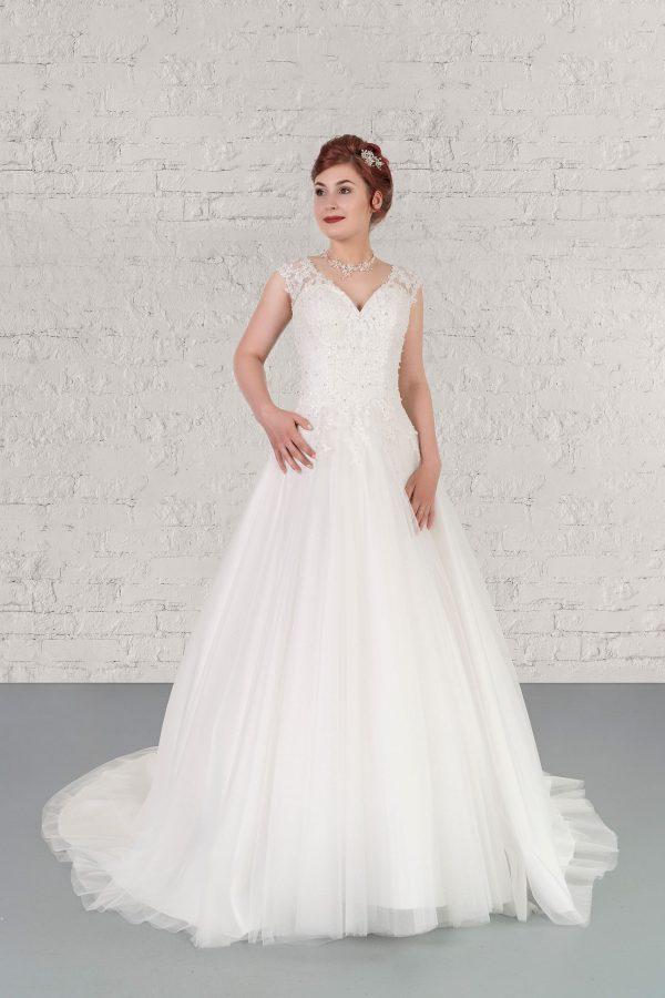 Hochzeitsmode in Berlin Fuchs 2020 ivory Brautkleid D 03341 1 bei Avorio Vestito BrideStore and more Hochzeitsmode in Berlin Eiche