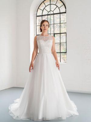 Hochzeitsmode in Berlin Fuchs 2020 ivory Brautkleid D 03342 1 bei Avorio Vestito BrideStore and more Hochzeitsmode in Berlin Eiche