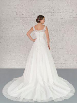 Hochzeitsmode in Berlin Fuchs 2020 ivory Brautkleid D 03348 2 bei Avorio Vestito BrideStore and more Hochzeitsmode in Berlin Eiche
