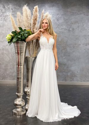 Amera Vera 2021 Brautkleid B2107 3 bei Avorio Vestito BrideStore and more Brautmode in Berlin