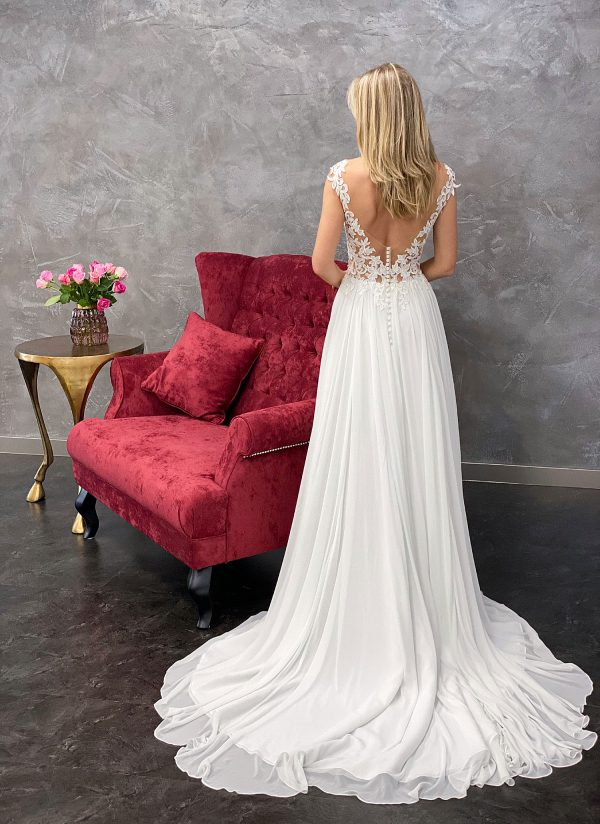 Amera Vera 2021 Brautkleid B2118 4 bei Avorio Vestito BrideStore and more Brautmode in Berlin