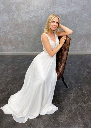 AnnAngelex 2021 Brautkleid B2165 4 Avorio Vestito BrideStore and more Brautmode in Berlin