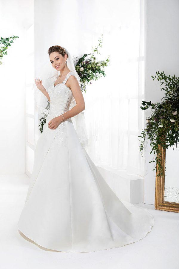 EGLANTINE CREATIONS 2021 Brautkleid EGC21 VARENNE 1739 Brautmode in Berlin Avorio Vestito BrideStore and more