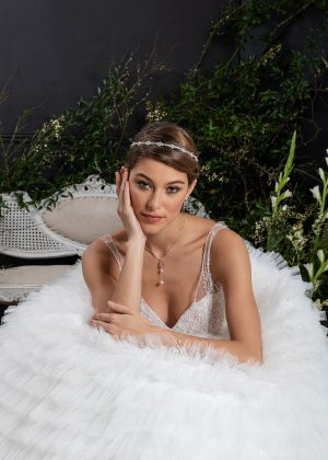 EGLANTINE CREATIONS 2021 Brautkleid EGC21 VELOUR 0697 Brautmode in Berlin Avorio Vestito BrideStore and more