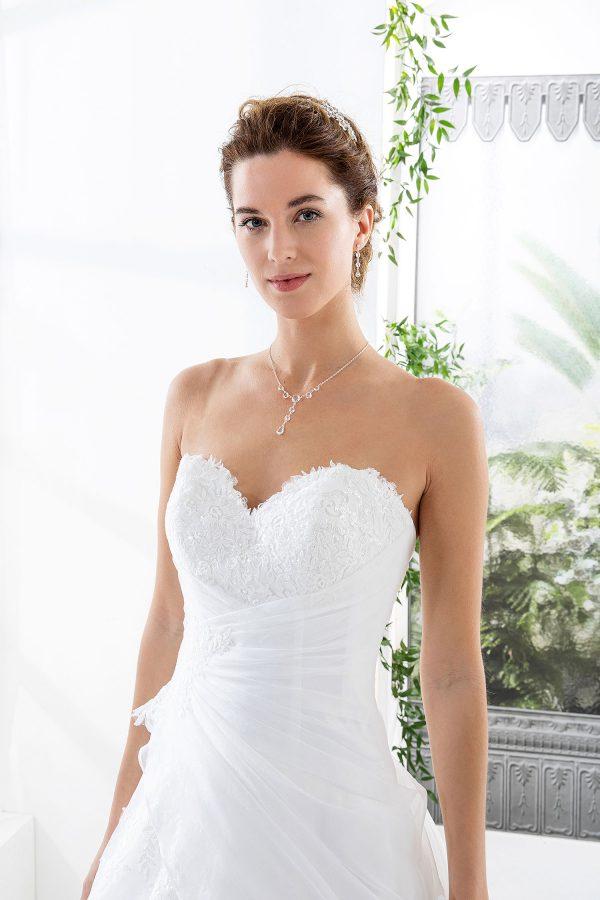 EGLANTINE CREATIONS 2021 Brautkleid EGC21 VERDICT 2769 Brautmode in Berlin Avorio Vestito BrideStore and more