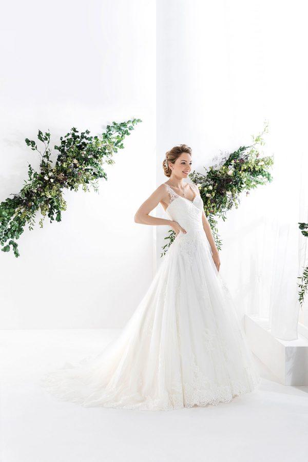 EGLANTINE CREATIONS 2021 Brautkleid EGC21 VICTORINE 1862 Brautmode in Berlin Avorio Vestito BrideStore and more