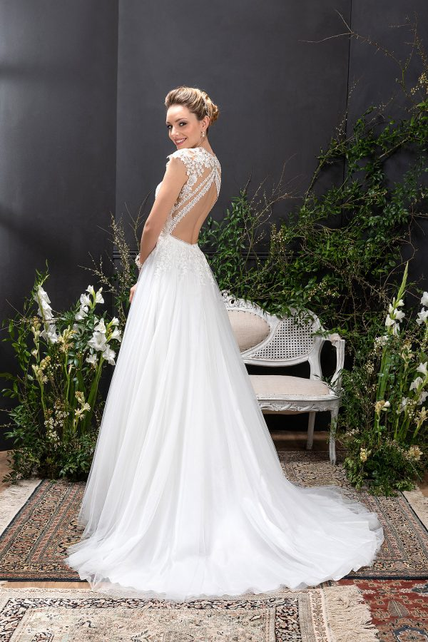 EGLANTINE CREATIONS 2021 Brautkleid EGC21 VOYAGE 1604 Brautmode in Berlin Avorio Vestito BrideStore and more