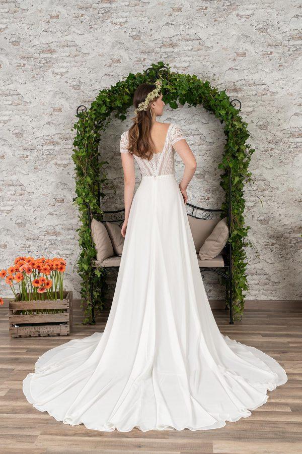 Fuchs Moden 2021 Brautkleid D 03411 (2) Brautmode in Berlin Avorio Vestito BrideStore and more