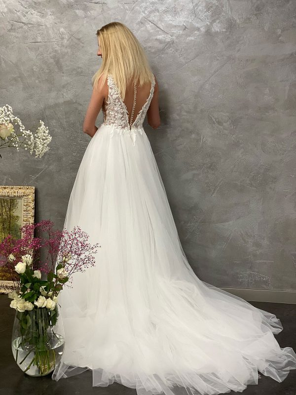 Miss Germany 2021 Brautkleid MGB48 6 Avorio Vestito BrideStore and more Brautmode in Berlin