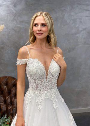 Miss Germany 2021 Brautkleid MGB60 Avorio Vestito BrideStore and more Brautmode in Berlin