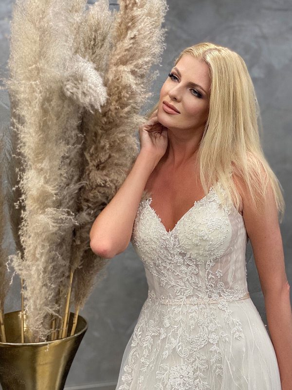 Miss Germany 2021 Brautkleid MGB61 4 Avorio Vestito BrideStore and more Brautmode in Berlin