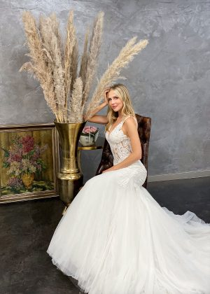 Miss Germany 2021 Brautkleid MGB62 4 Avorio Vestito BrideStore and more Brautmode in Berlin