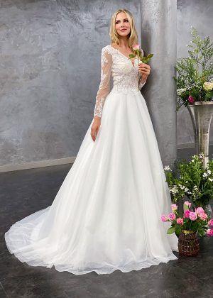 Miss Germany 2021 Brautkleid MGB64 1 Avorio Vestito BrideStore and more Brautmode in Berlin