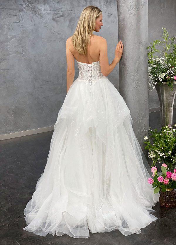 Miss Germany 2021 Brautkleid MGB68 2 Avorio Vestito BrideStore and more Brautmode in Berlin