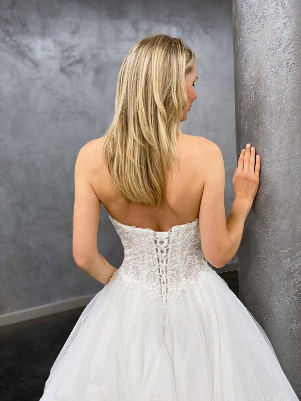 Miss Germany 2021 Brautkleid MGB68 3 Avorio Vestito BrideStore and more Brautmode in Berlin
