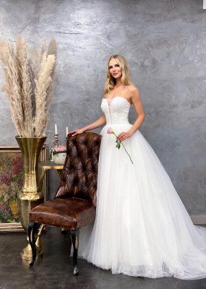 Miss Germany 2021 Brautkleid MGB70 3 Avorio Vestito BrideStore and more Brautmode in Berlin