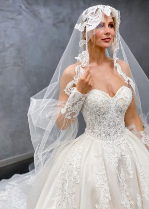 Miss Germany 2021 Brautkleid MGB71 7 Avorio Vestito BrideStore and more Brautmode in Berlin